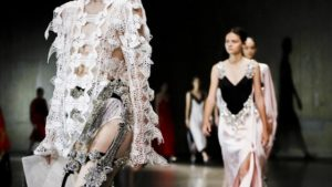 London Fashion Week closes with focus on femininity for S/S '18